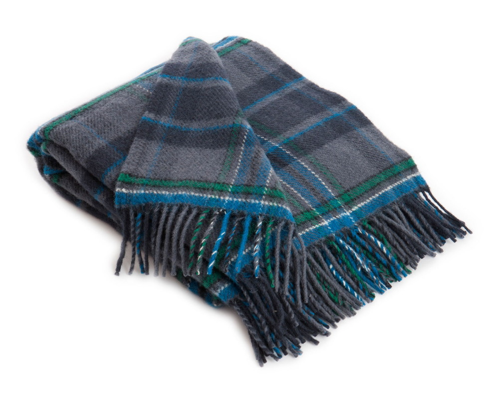 Giants Causeway Tartan Pure New Wool Travel Rug - Click Image to Close